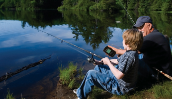 Portable fishing finder