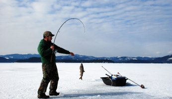 10 Ice Fishing Tips for Beginners